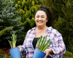 Meet Sharon Drinkwater, iris grower, Rainbow Ridge
